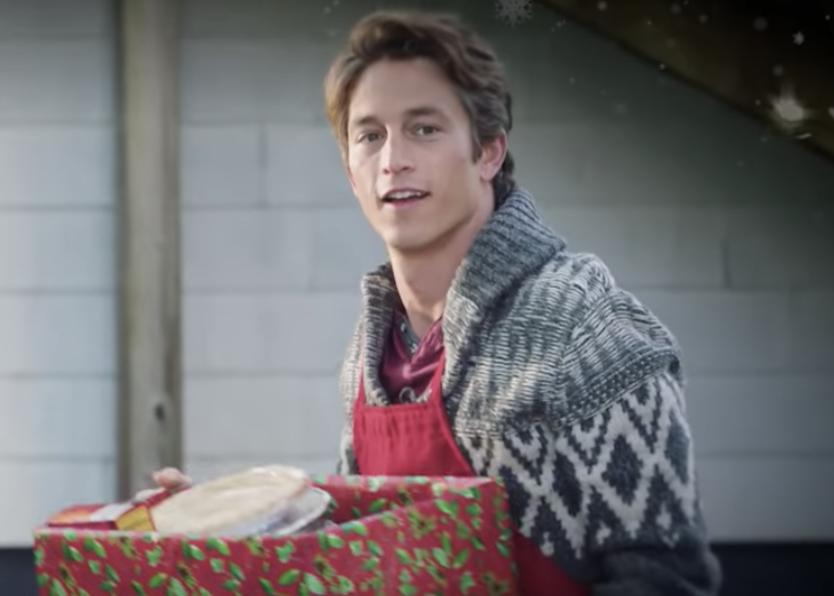 Christmas Camp Hallmark Cast.Christmas Camp Hallmark Movie Premiere Cast Trailer
