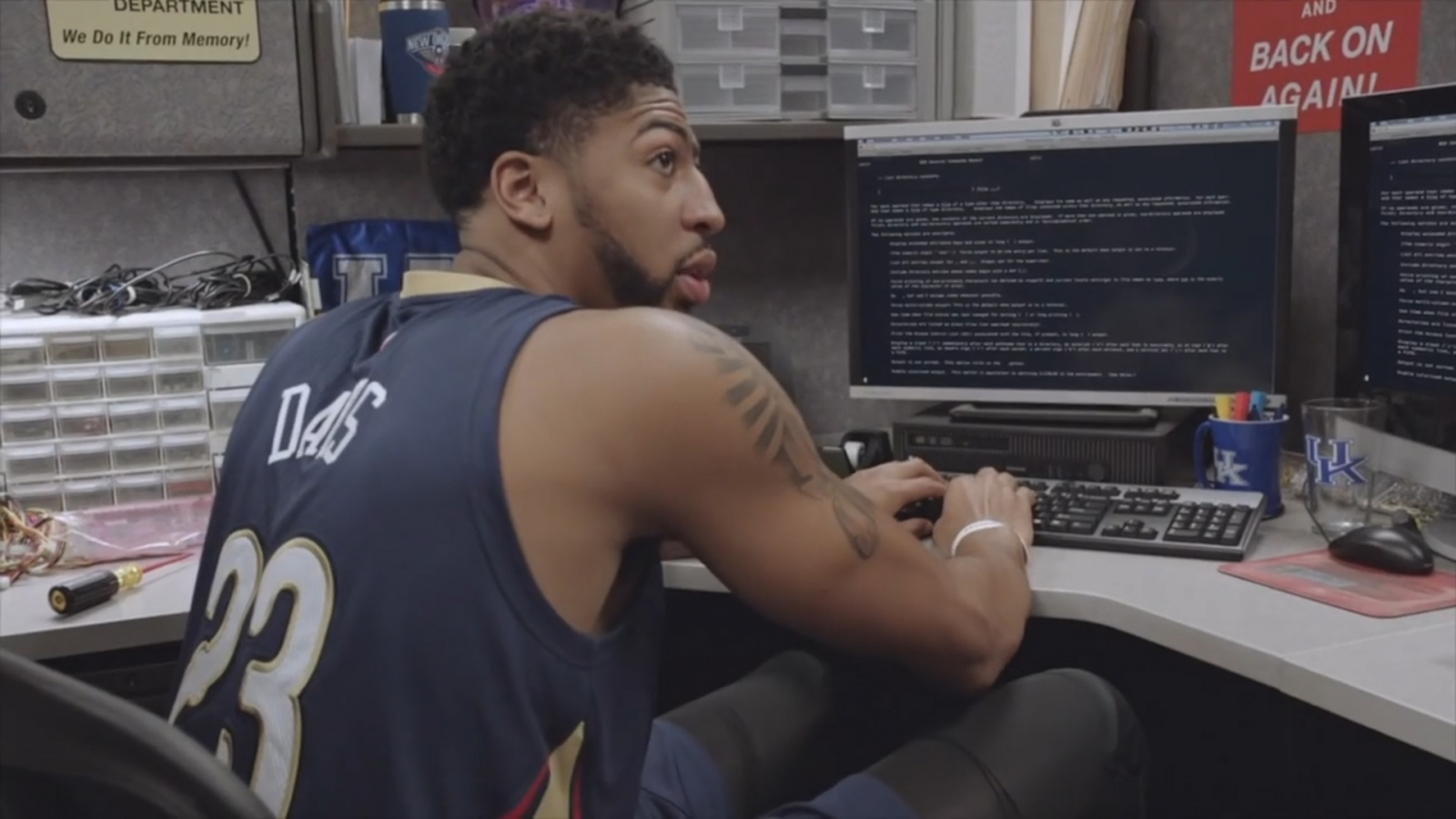 Anthony Davis Net Worth Lakers Star Earned 9m From
